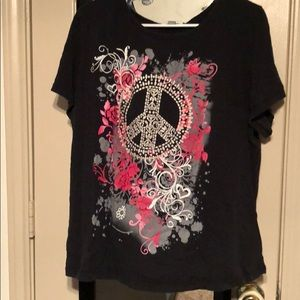 Fashion Bug Black T-shirt with Peace Sign ✌️